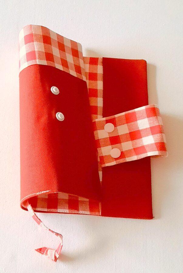 Raudonai balti kvadratai