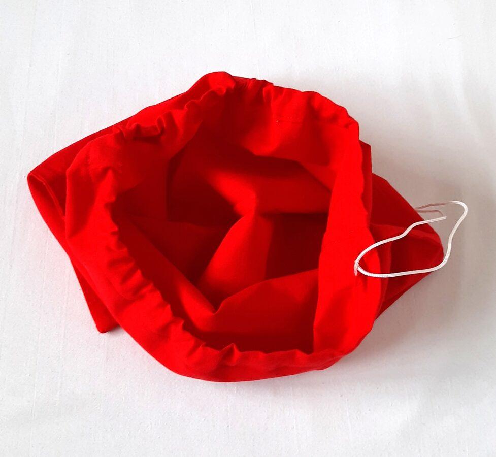 Medvilninis raudonas maišelis